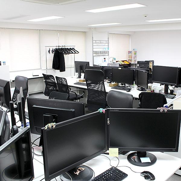6階のオフィスです。ここではSEOプロモーション事業部のメンバーが働いています。