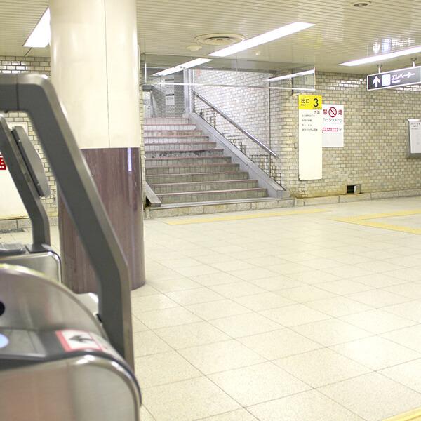 駅ビルなので、改札を出てそのままエレベーターで6Fへ上がれます。